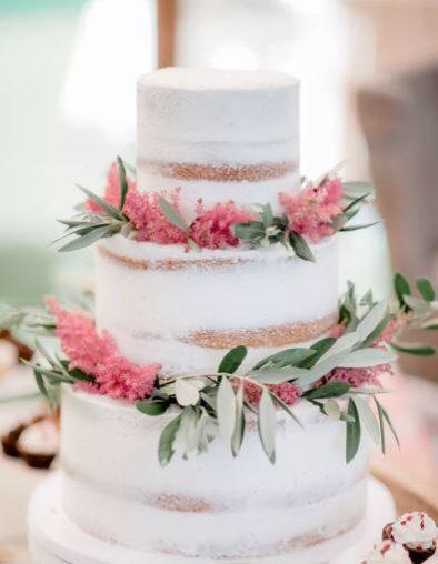 Nejen originální nahé svatební dorty